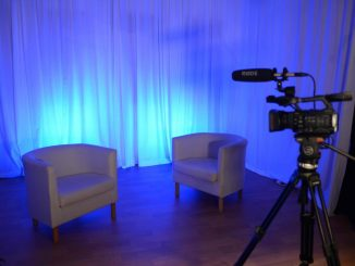 Blue studio set